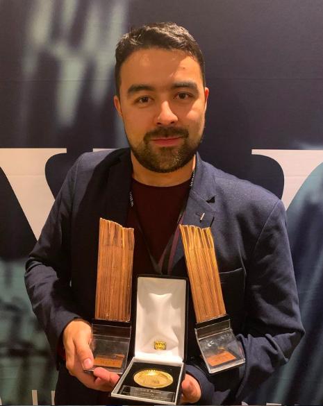 Víctor González, Graduado UCM, ganador de 4 premios bronce en los WINA