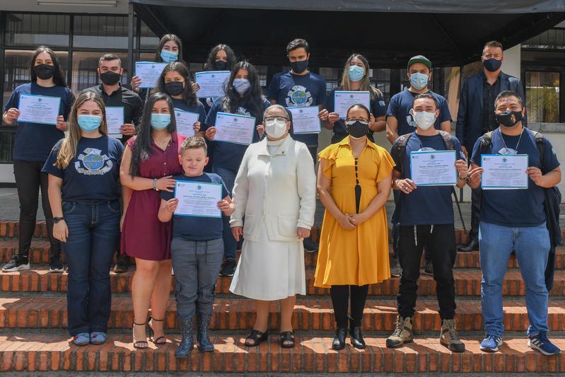 Estudiantes UCM recibieron certificación por su voluntariado ambiental