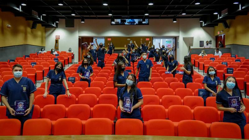 27 estudiantes de Bacteriología iniciarán su vida laboral